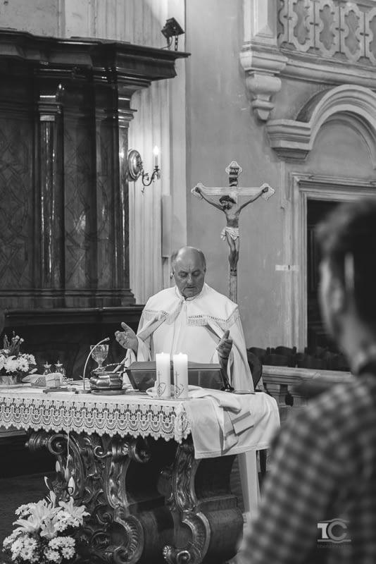 preotul casatoriei