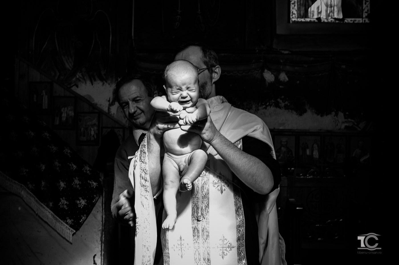 fotografie botez Vlad - cu parintele