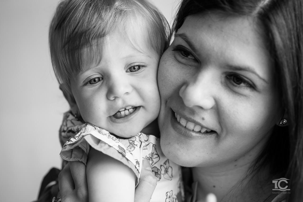 Sedinta foto in studio cu fetita Ema